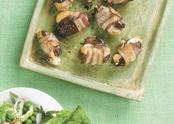 Ba_asiago_stuffed_dates_with_bacon_and_smoked_paprika_h