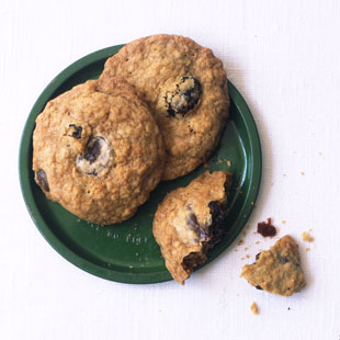 Cookies_with_dried_cherries