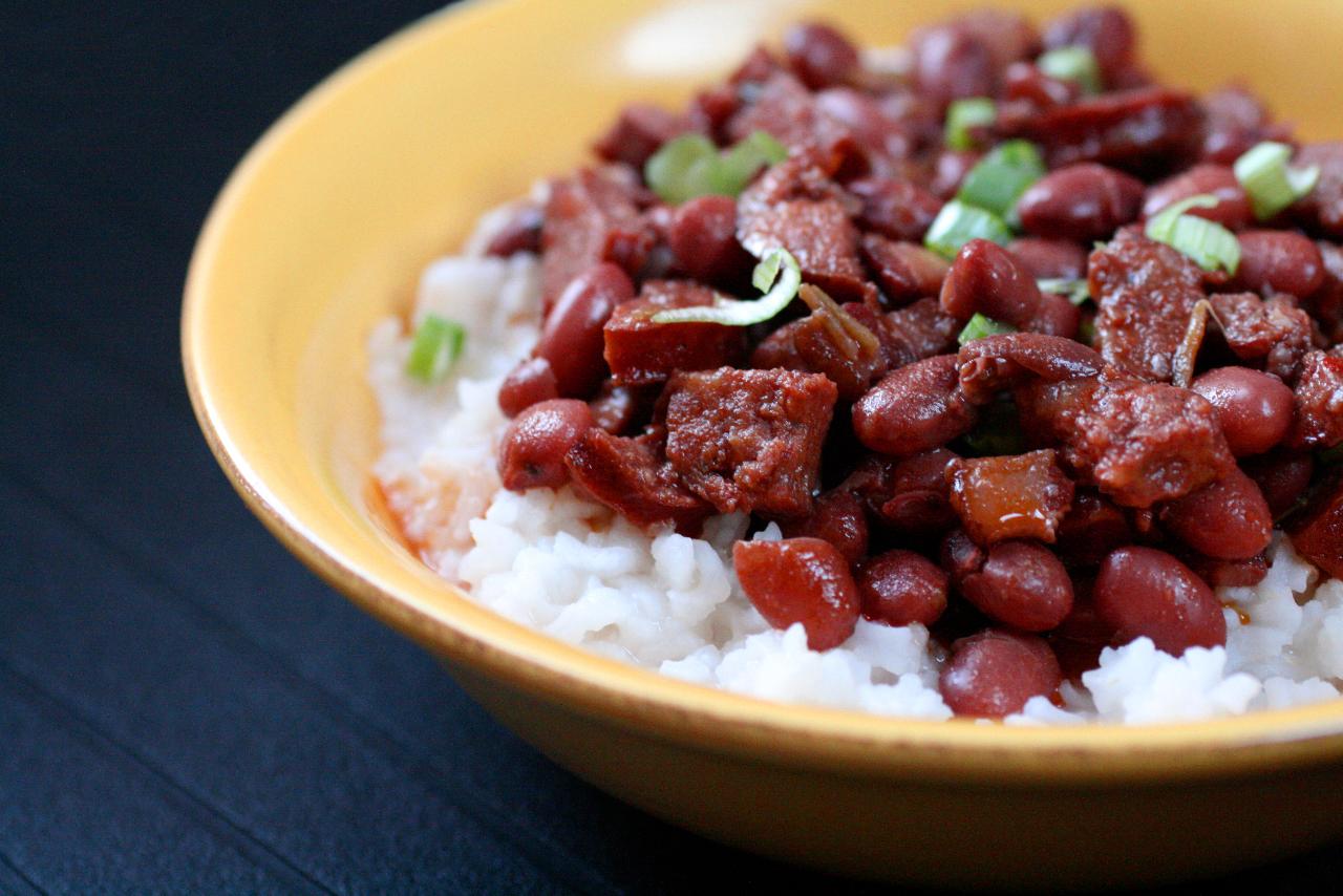الفاصولية الحمراء مع الأرز على طريقة لويزيانا